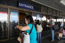 entrance ng naia terminal 1 departure area (unlawyer.net/photos)