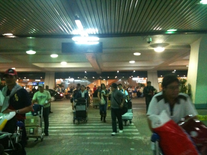 arriving passengers at naia terminal 1