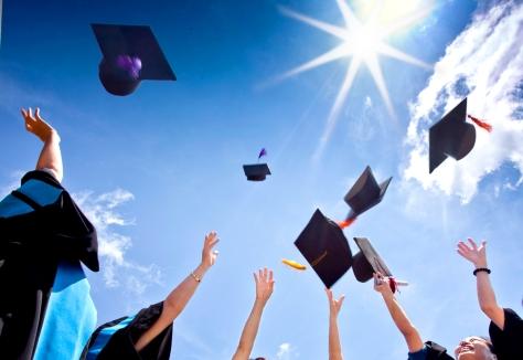 pagka-graduate ng college